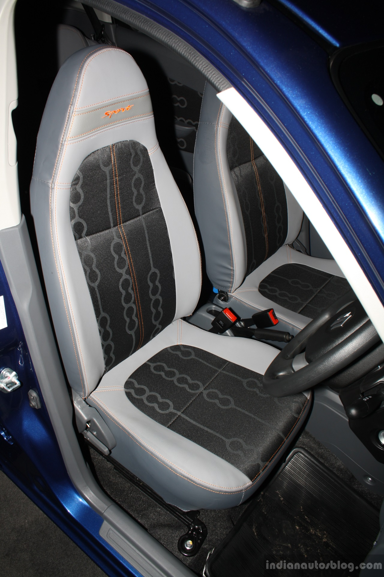 Suzuki Alto 800 Sport Edition Seats At The 2014 Colombo Motor Show Sri Lanka