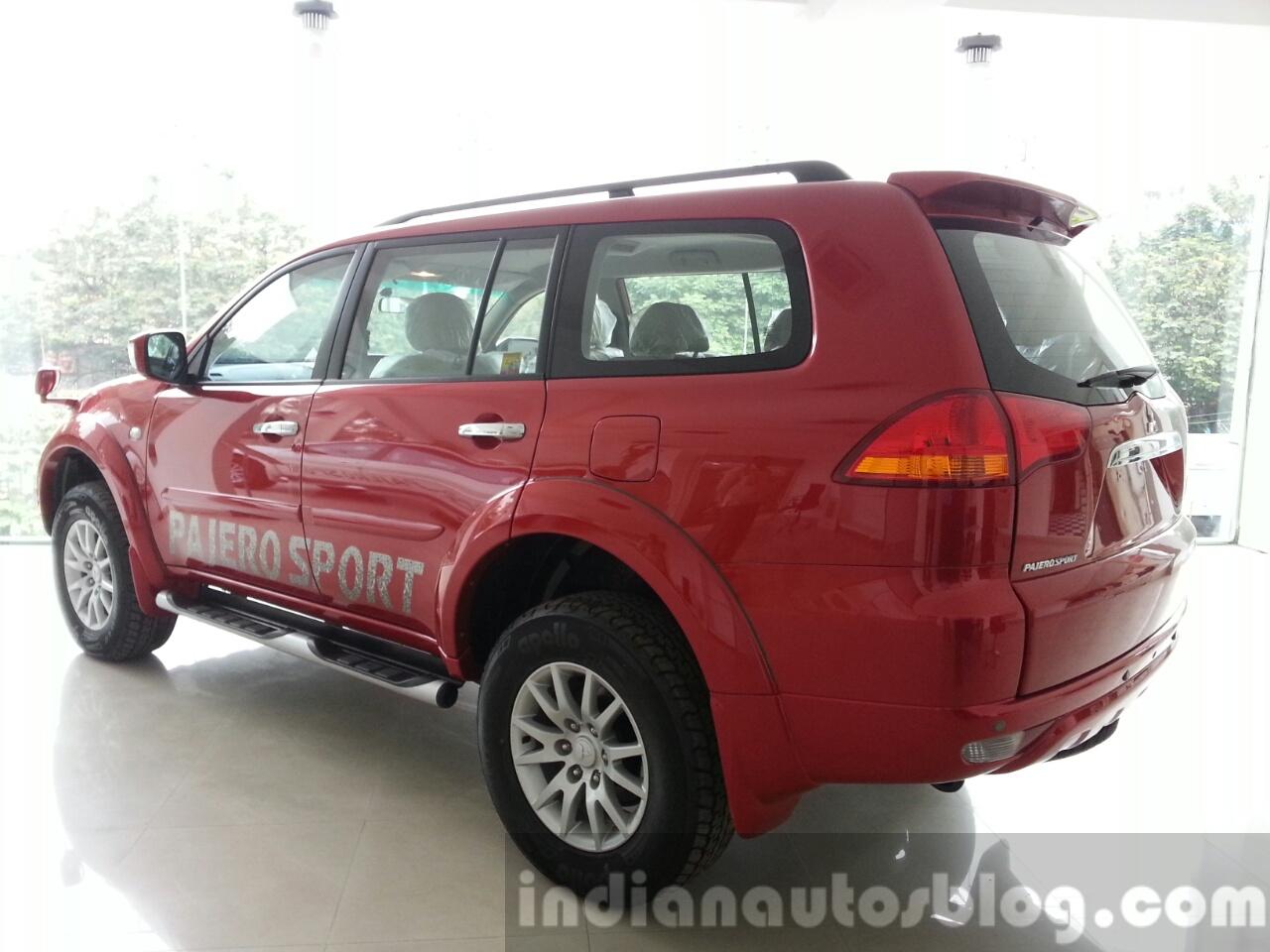 2014 Mitsubishi Pajero Sport facelift rear quarter India