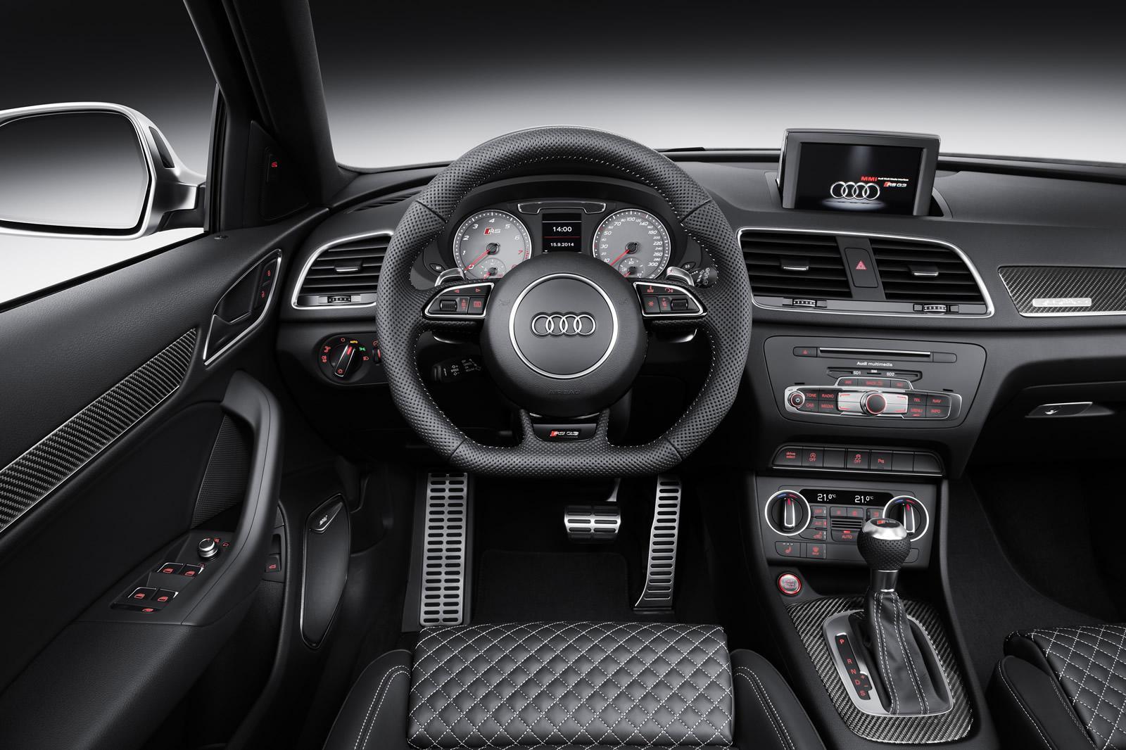 2015 Audi RS Q3 facelift steering wheel