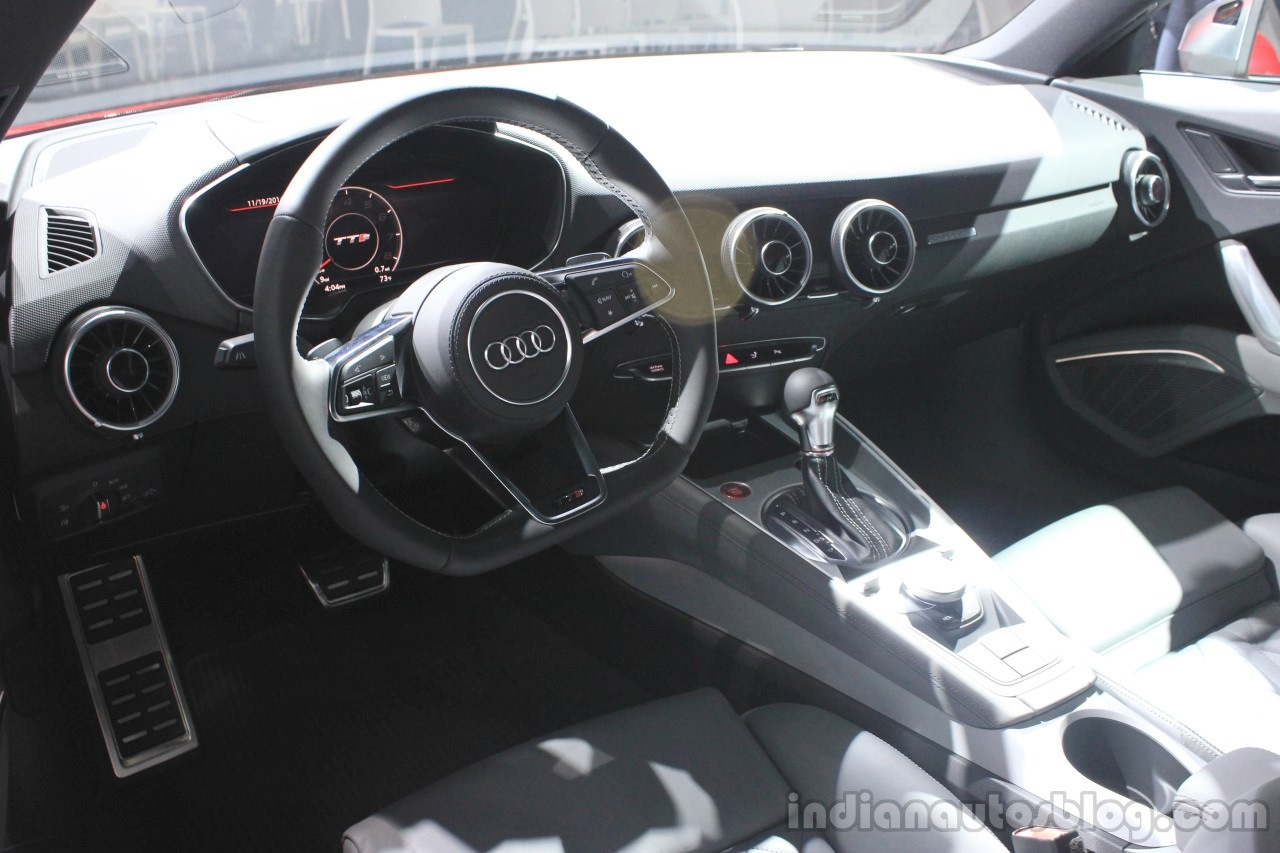 2015 Audi TTS dashboard at the 2014 Los Angeles Auto Show