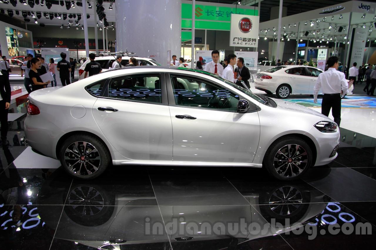 2015 Fiat Viaggio Blacktop side at 2014 Guangzhou Auto Show