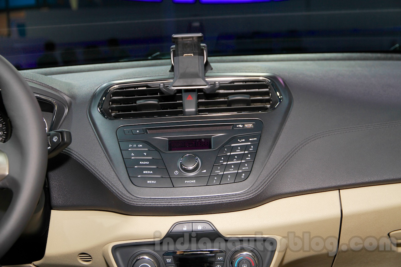 2015 Ford Escort music system at Guangzhou Auto Show 2014