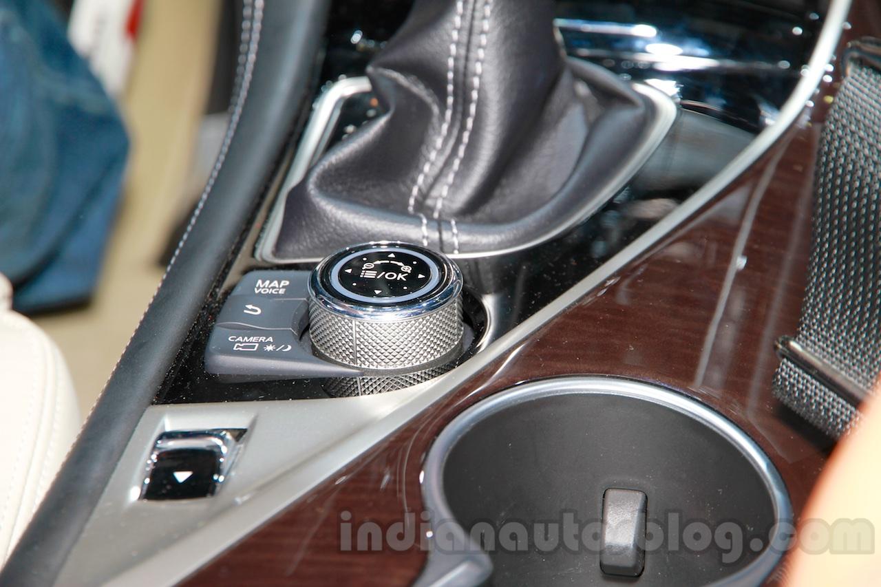 2015 Infiniti QX50 dials at the Guangzhou Auto Show 2014
