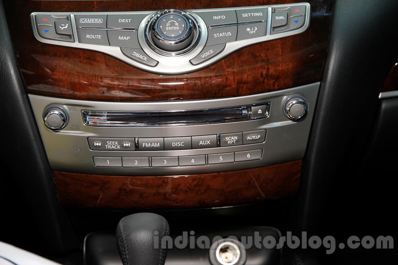 2015 Infiniti QX50 music system at the Guangzhou Auto Show 2014