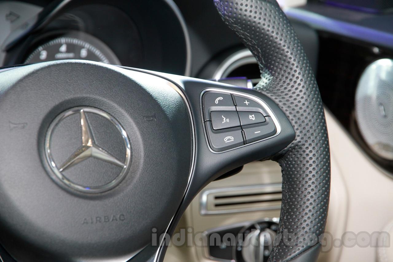 2015 Mercedes C Class steering wheel launch
