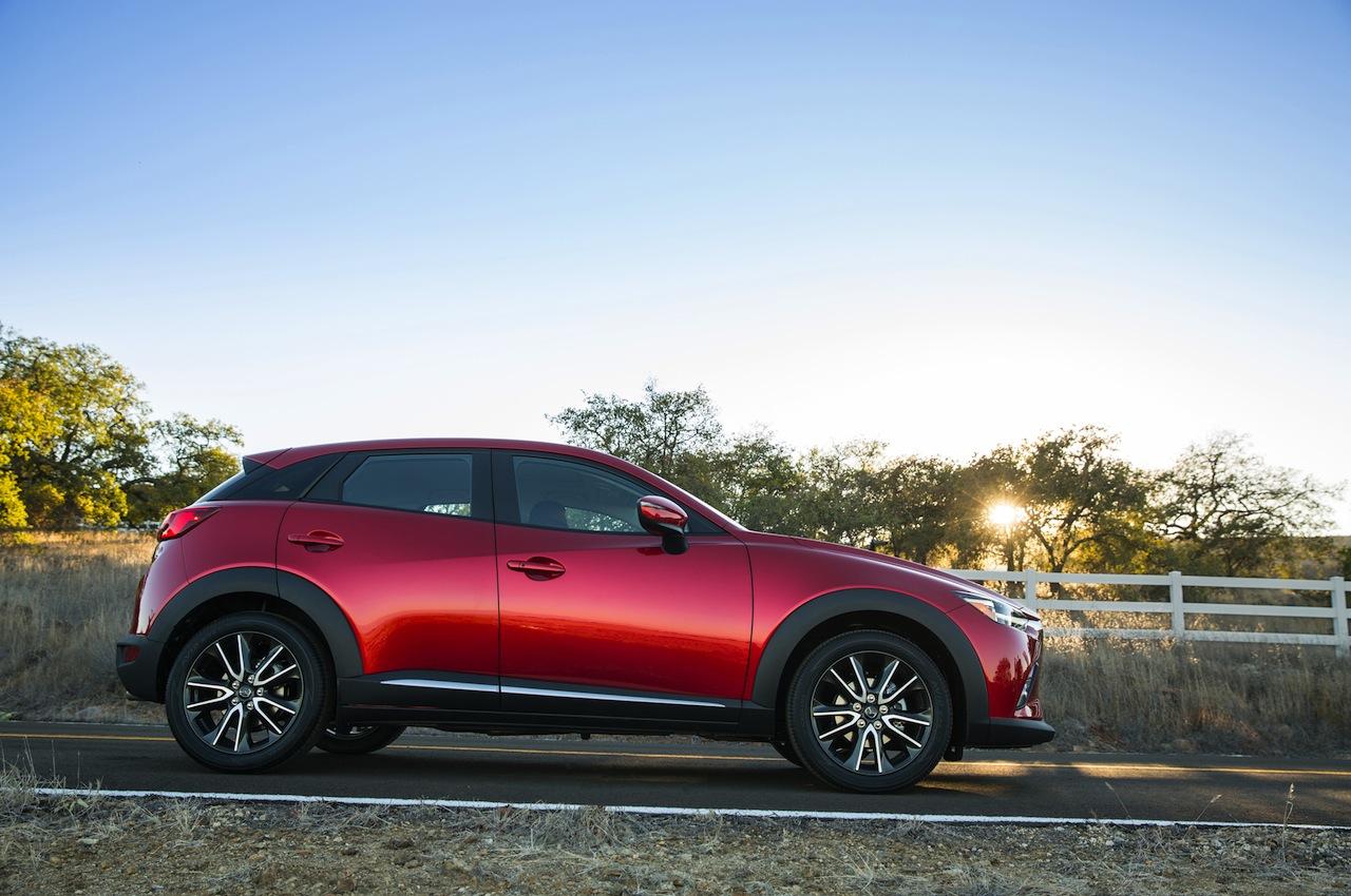 2016 Mazda CX-3 profile