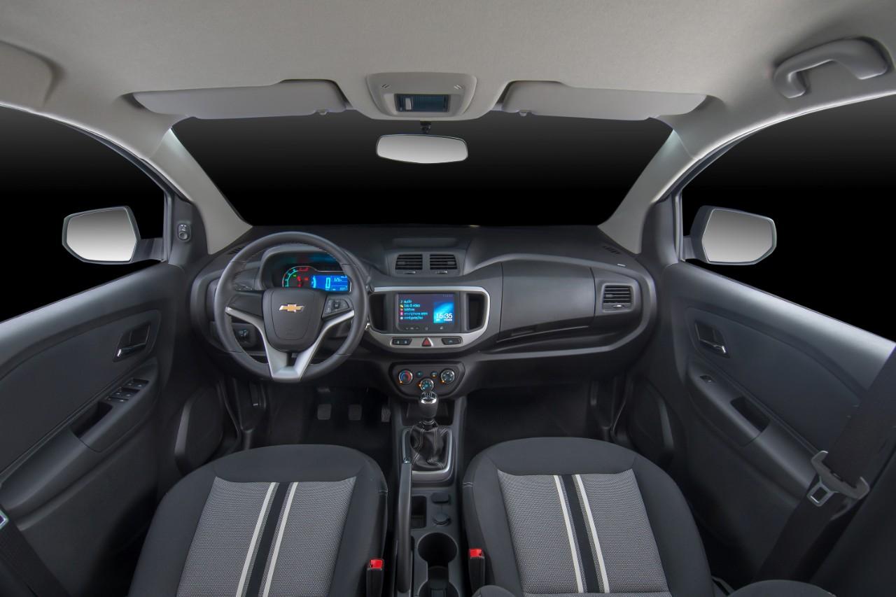 Chevrolet Spin Activ interior