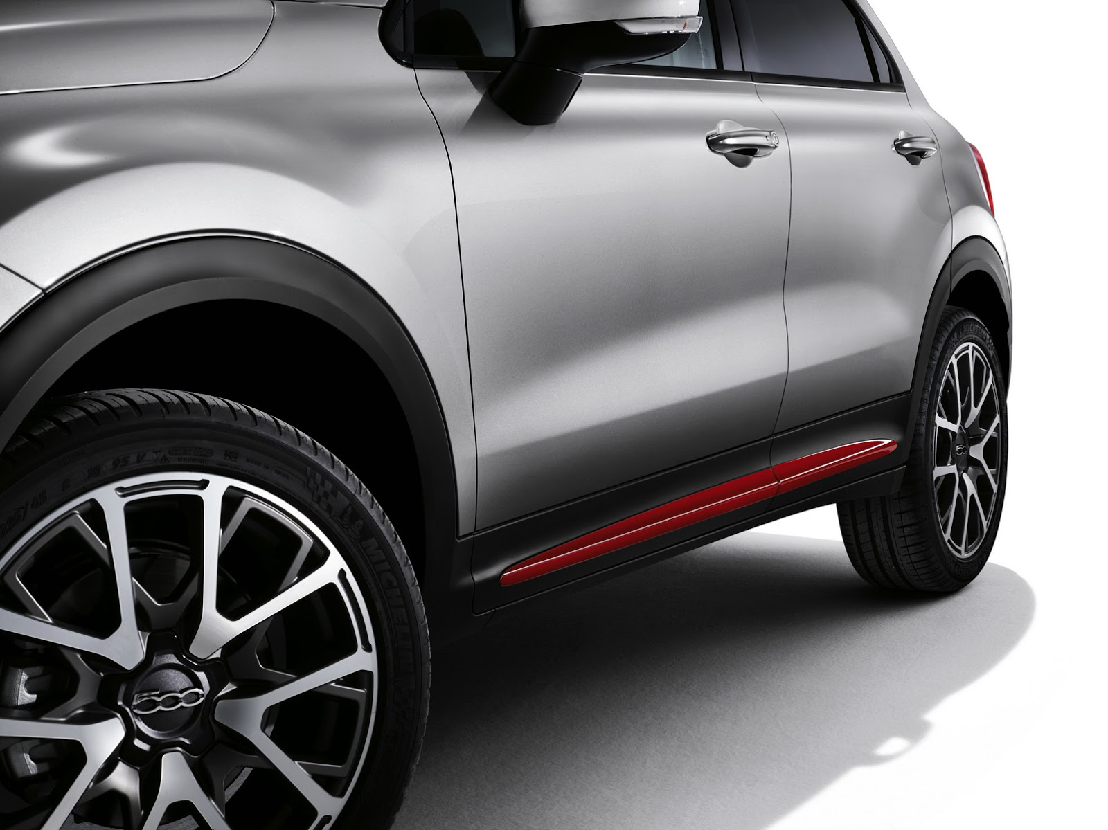 Fiat 500X Mopar red side moulding