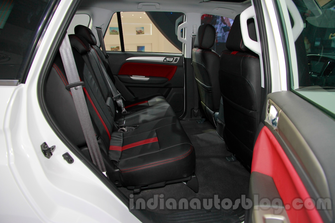 Foton Sauvana rear seat at the 2014 Guangzhou Auto Show