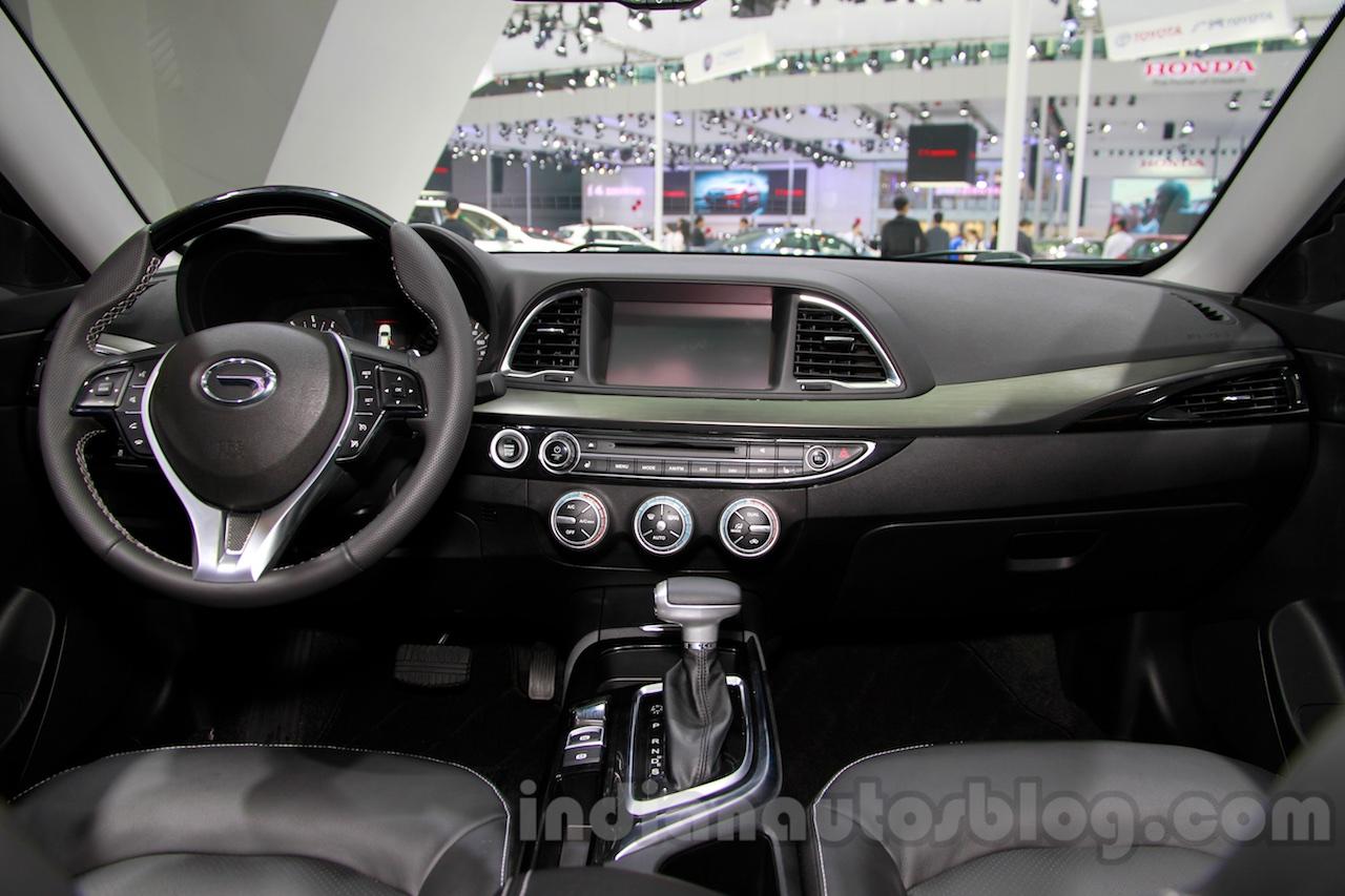 GAC Trumpchi GA6 dashboard at Guangzhou Auto Show 2014