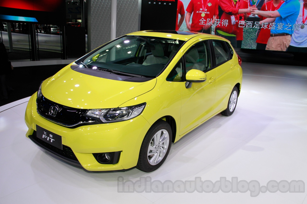 Honda Jazz front quarters at 2014 Guangzhou Auto Show