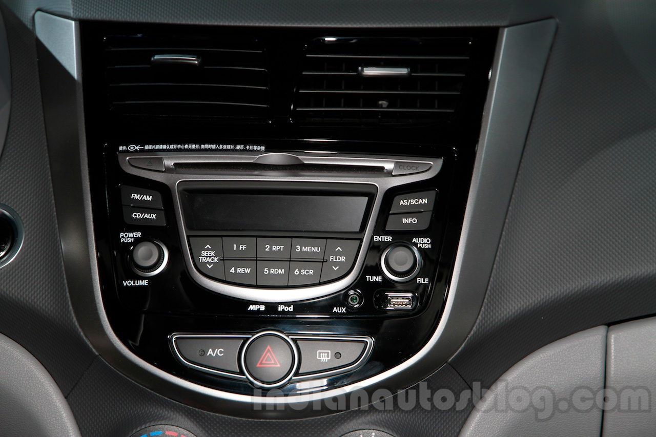 Hyundai Verna Facelift music system at the 2014 Guangzhou Auto Show