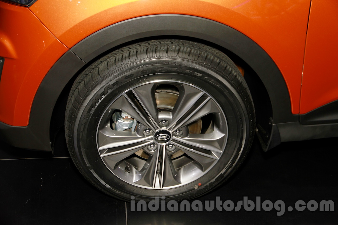 Hyundai ix25 alloys at 2014 Guangzhou Motor Show