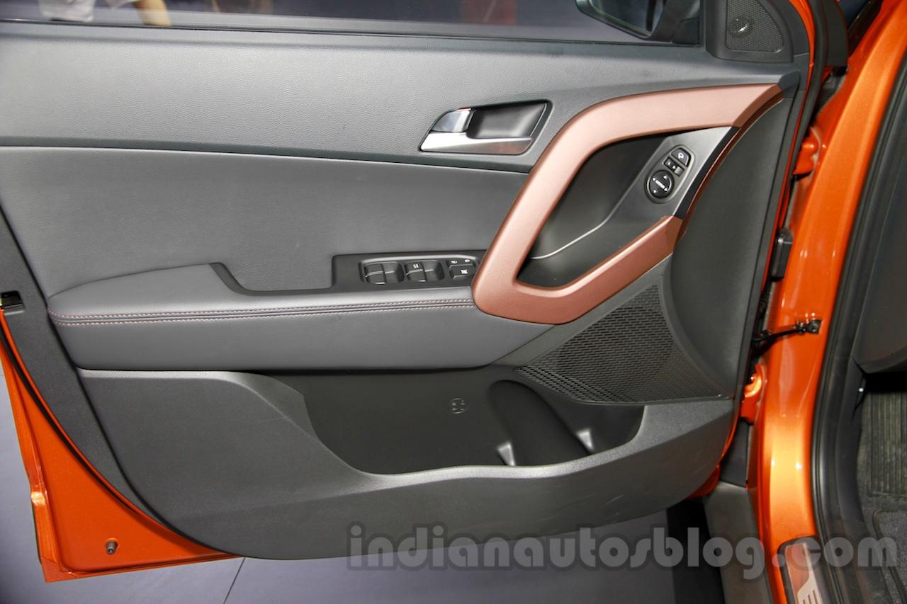 Hyundai ix25 door at 2014 Guangzhou Motor Show