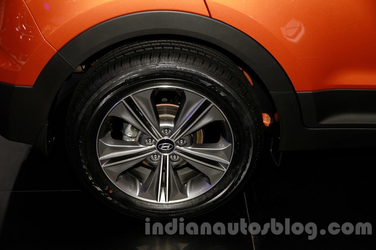 Hyundai ix25 wheel at 2014 Guangzhou Motor Show