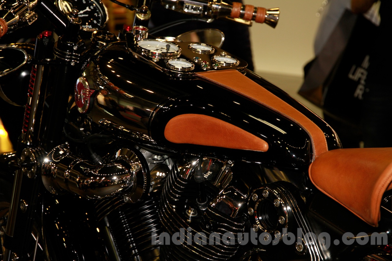 Matchless Model X Reloaded tank at EICMA 2014