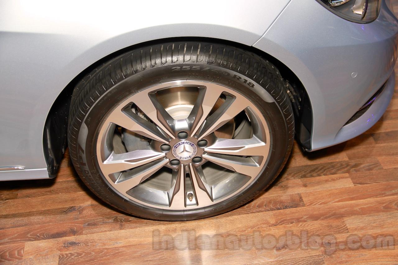 Mercedes E180L wheel at Guangzhou Auto Show 2014