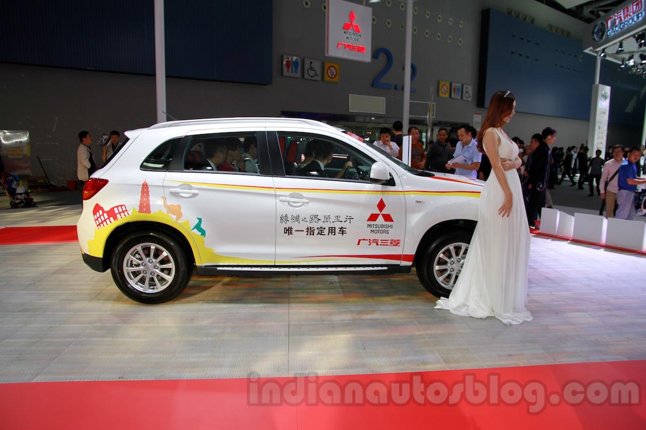 Mitsubishi ASX Silk Edition side at 2014 Guangzhou Auto Show