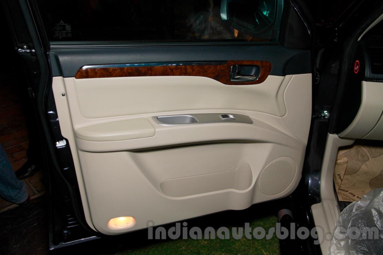 Mitsubishi Pajero Sport AT door at the Indian launch
