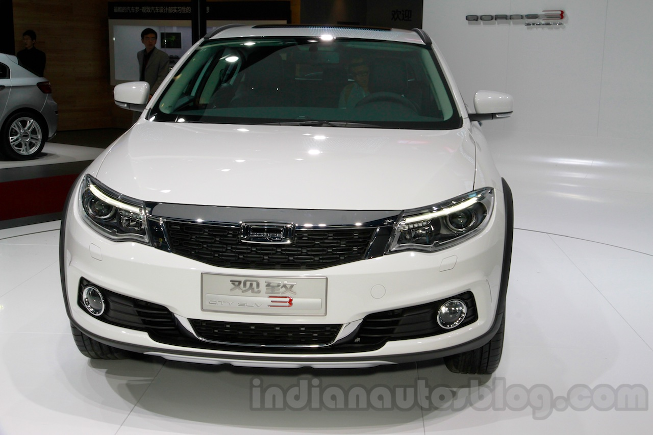 Qoros 3 City SUV front at the 2014 Guangzhou Auto Show