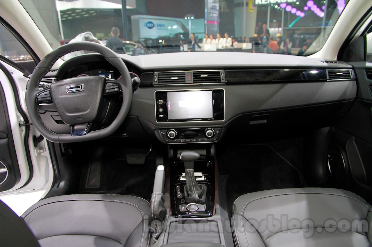 Qoros 3 City SUV interior at the 2014 Guangzhou Auto Show