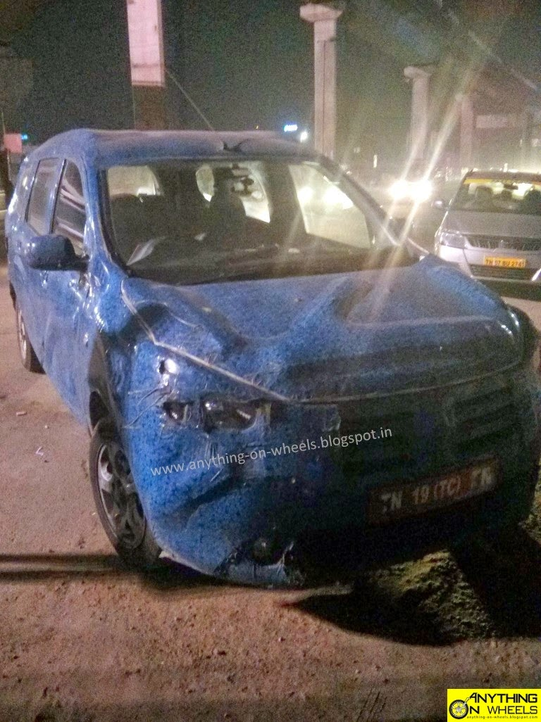 Renault Lodgy front spied in India