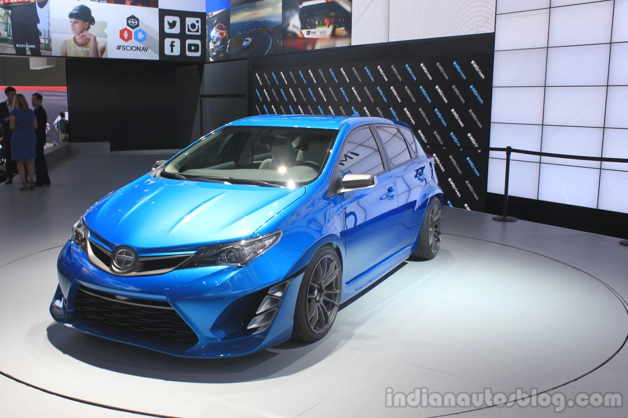 Scion iM Concept front three quarters at the 2014 Los Angeles Auto Show