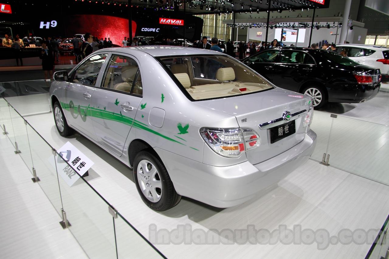 Toyota Ranz EV rear three quarters at the 2014 Guangzhou Motor Show