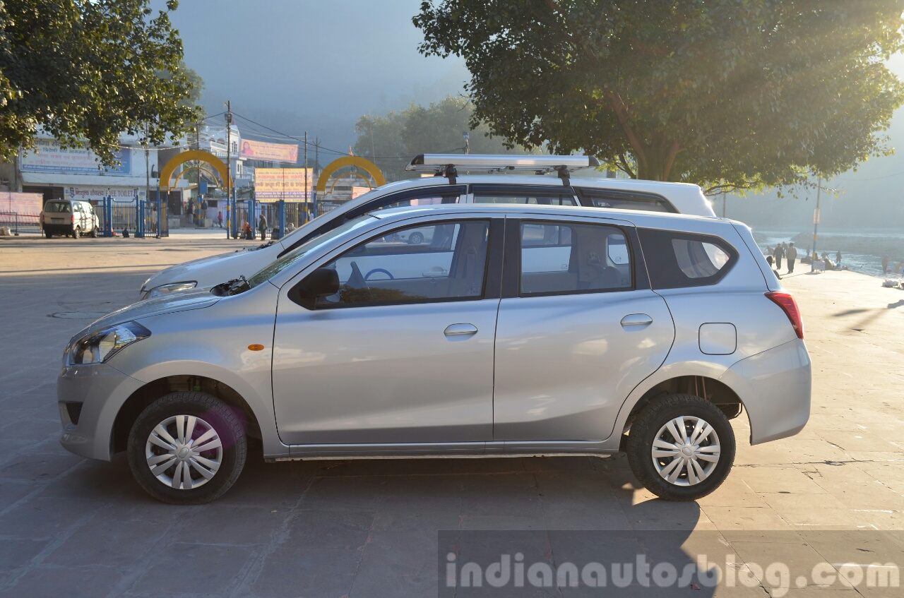 Datsun Go+ with Innova side Review