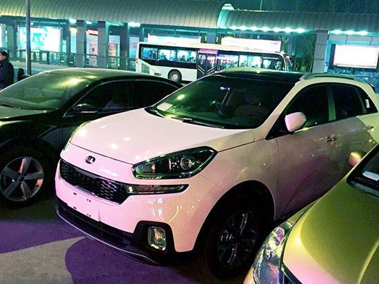 Production Kia KX3 front spotted without camouflage