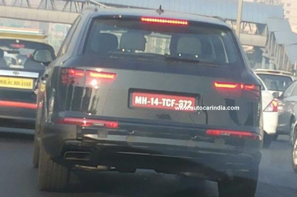 Spied 2016 Audi Q7 rear in India