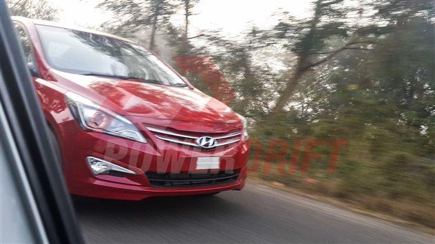 2015 Hyundai Verna facelift spied front