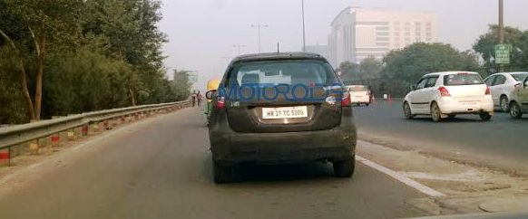 2015 Maruti Suzuki SX4 S Cross spied rear