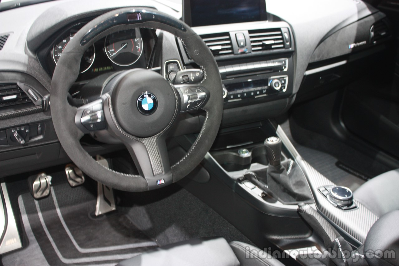 bmw m235i interior at the 2015 detroit auto show. Black Bedroom Furniture Sets. Home Design Ideas