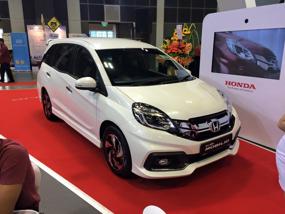 Honda Mobilio Rs Launched At Inr 59 38 Lakhs In Singapore