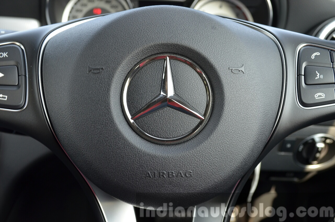 Mercedes CLA 200 CDI airbag Review