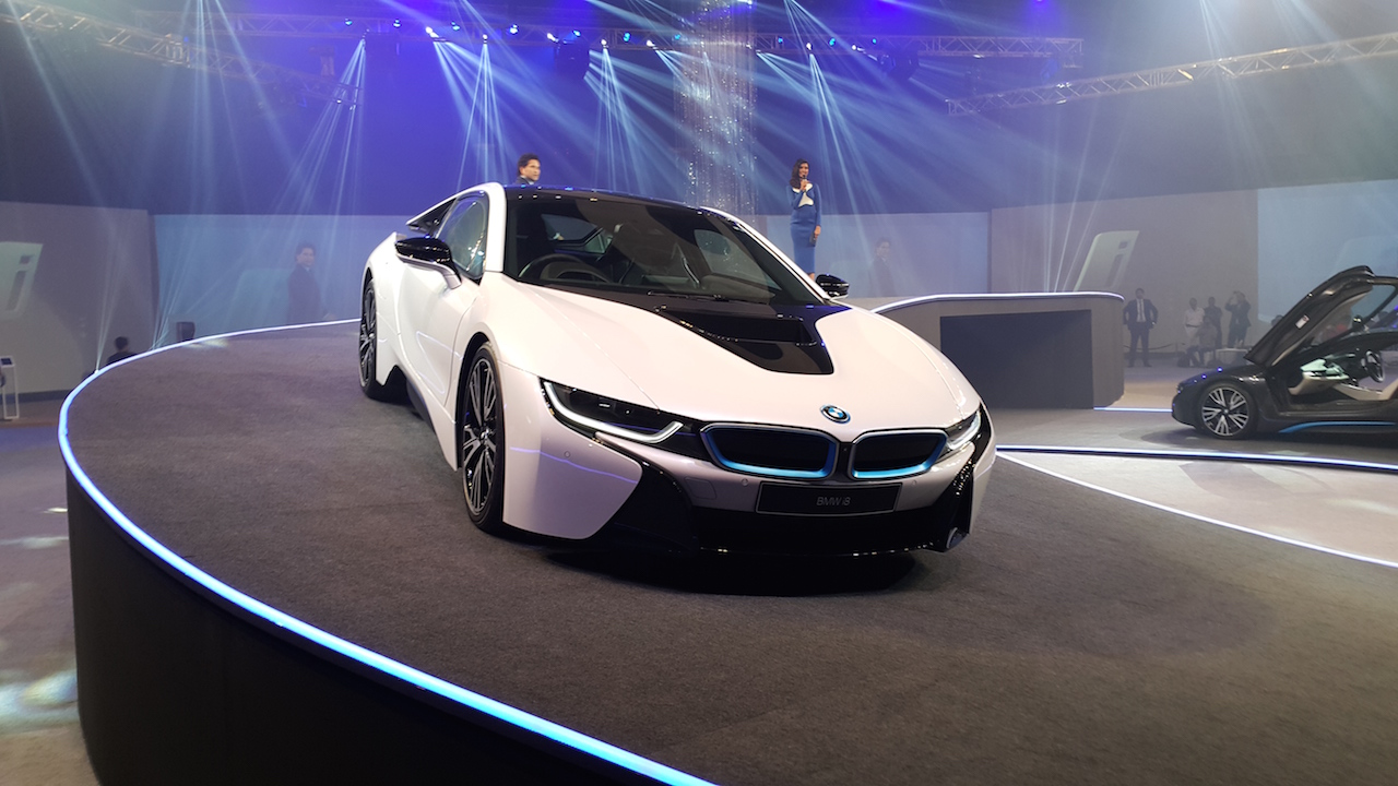 Bmw I8 Launched In India At Inr 2 29 Crores