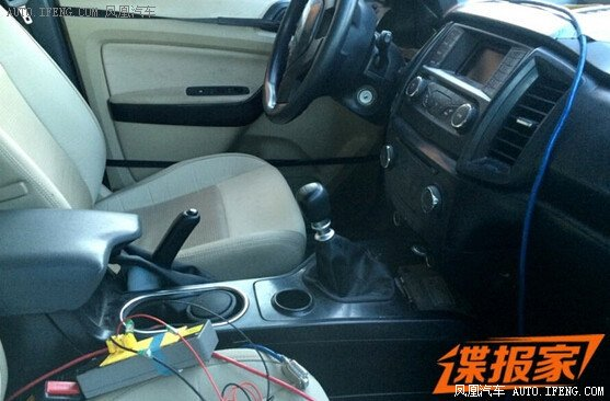 2016 ford everest with manual gearbox spotted in china rh indianautosblog com ford everest manual pdf ford everest manual transmission 2017