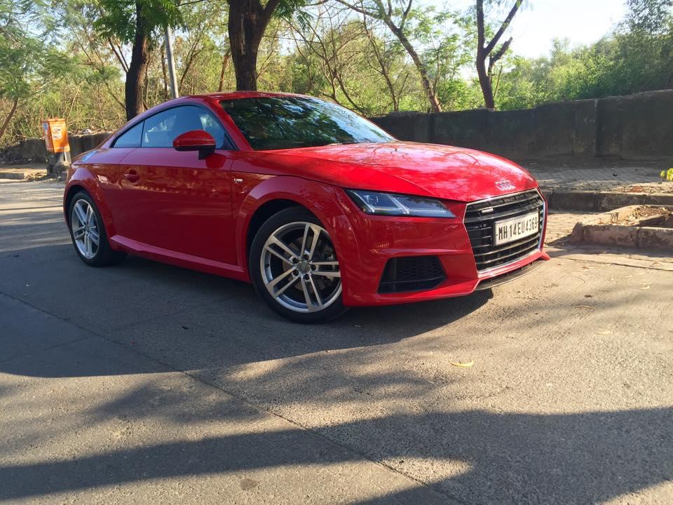 2015 Audi TT 45TFSI front quarter India spec
