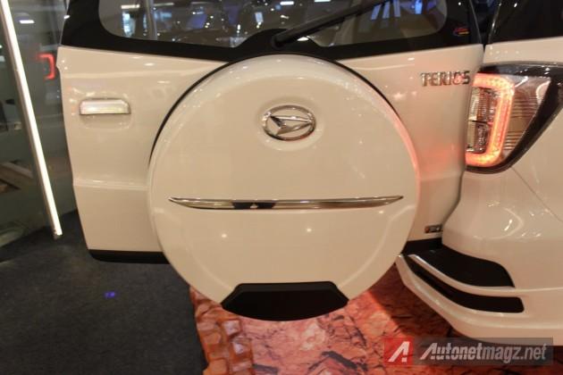 2015 Daihatsu Terios facelift spare wheel