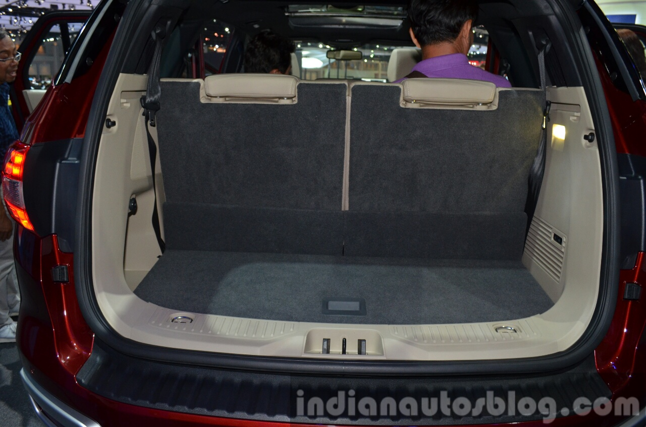 2015 Ford Everest boot 2015 Ford Endeavour at the 2015 Bangkok Motor Show