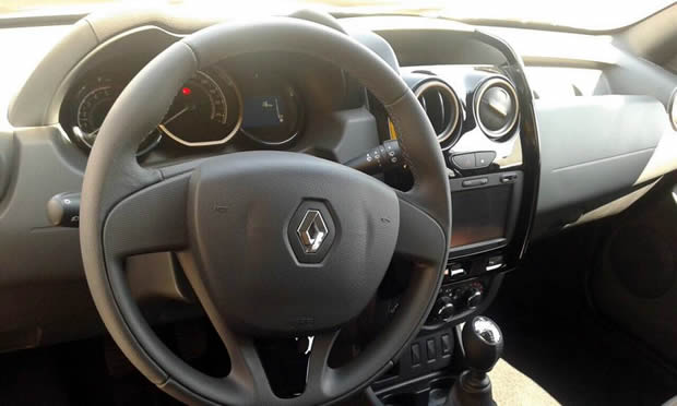 2015 Renault Duster steering wheel for Brazil