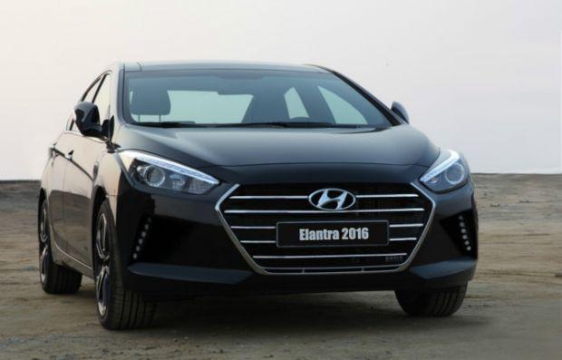 2016 Hyundai Elantra leaked