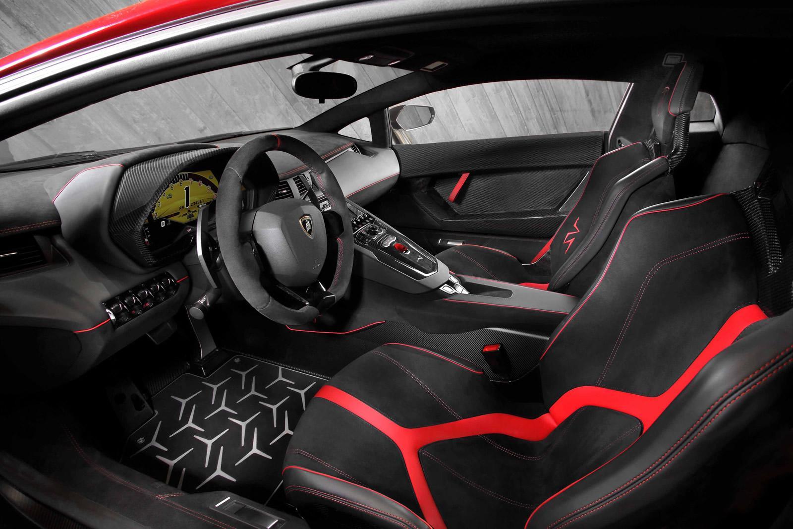 Lamborghini Aventador LP 750-4 Superveloce interior