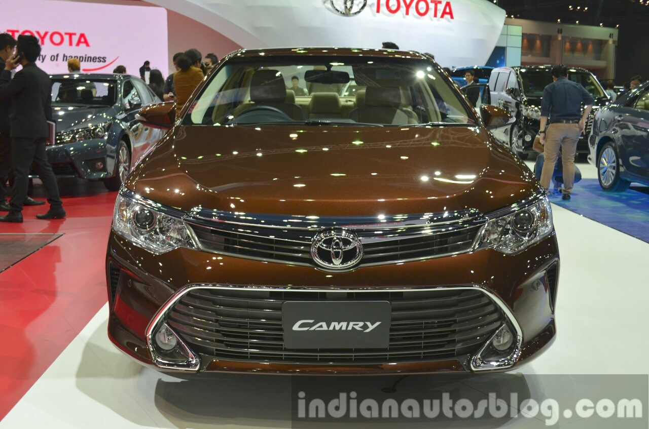 Camry Hybrid Car Price In India