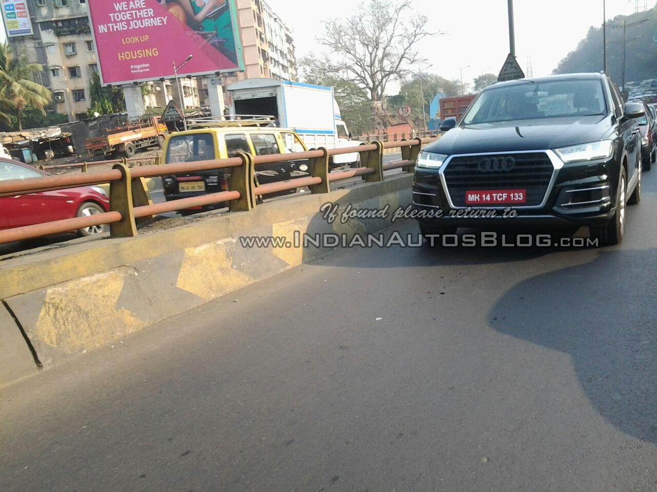 2015 Audi Q7 front IAB spied India