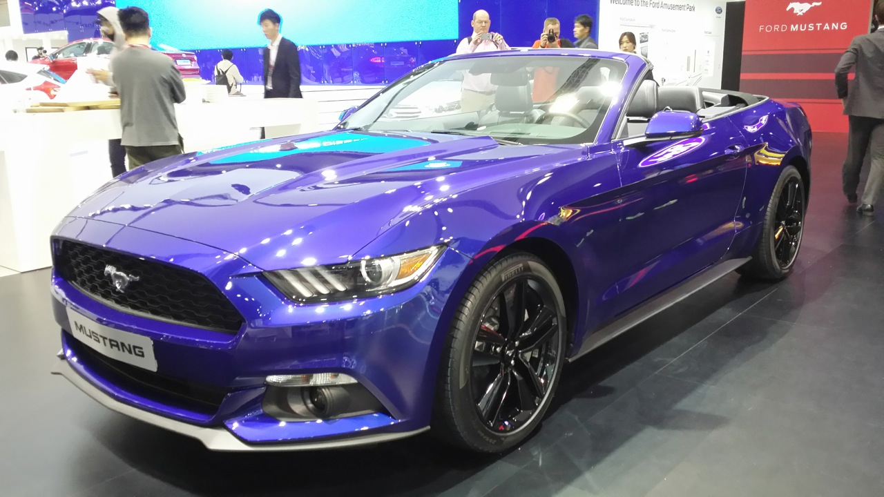 2015 Ford Mustang Convertible At The Seoul Motor Show