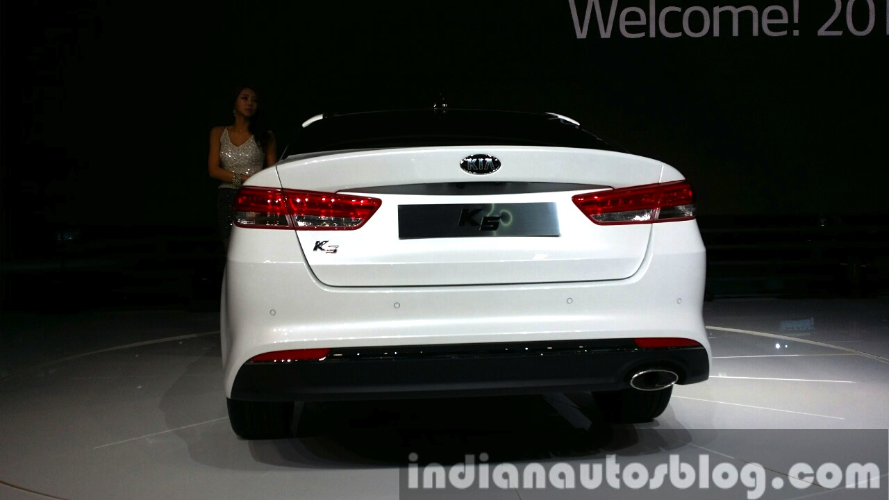 2016 Kia K5 2016 Kia Optima rear at Seoul Motor Show 2015