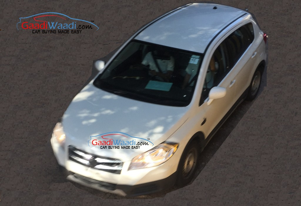Maruti SX4 S-Cross spied without camouflage