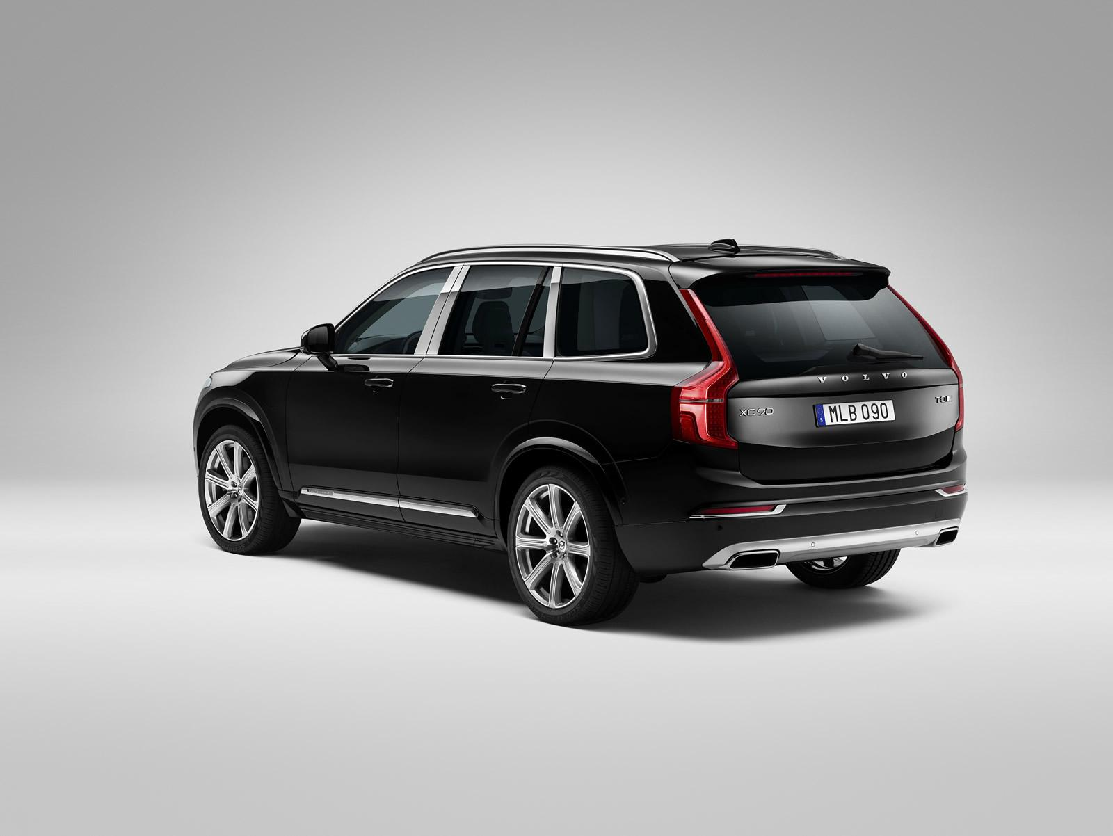 Volvo XC90 Excellence rear press shots